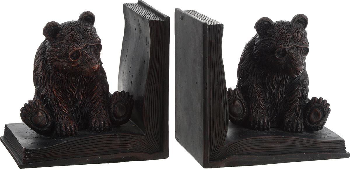 Подставка-ограничитель для книг Феникс-Презент Медведь, 12 х 9 х 11,5 см, 2 штFS-80423Подставка-ограничитель для книг Медведь, изготовленная из полирезина, состоит из двух частей, с помощью которых можно подпирать книги с двух сторон. Между ограничителями можно поместить неограниченное количество книг. Подставка-ограничитель Медведь - это не только подставка для книг, но и интересный элемент декора, который стильно дополнит интерьер помещения. Размер одной части подставки-ограничителя: 12 х 9 х 11,5 см.