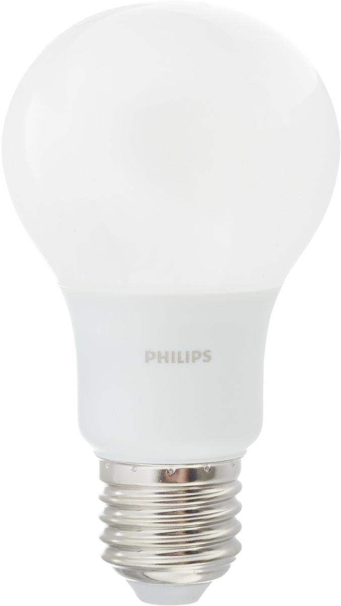 Лампа светодиодная Philips, цоколь E27, 7W, 3000КC0044702Современные светодиодные лампы Philips экономичны, имеют долгий срок службы и мгновенно загораются, заполняя комнату светом. Лампа классической формы и высокой яркости позволяет создать уютную и приятную обстановку в любой комнате вашего дома.Светодиодные лампы потребляют на 88 % меньше электроэнергии, чем обычные лампы накаливания, излучая при этом привычный и приятный теплый свет. Срок службы светодиодной лампы Philips составляет до 15 000 часов, что соответствует общему сроку службы 15 ламп накаливания. В результате менять лампы приходится значительно реже, что сокращает количество отходов.Напряжение: 220-240 В. Световой поток: 600 lm.Угол светового пучка: 270°.