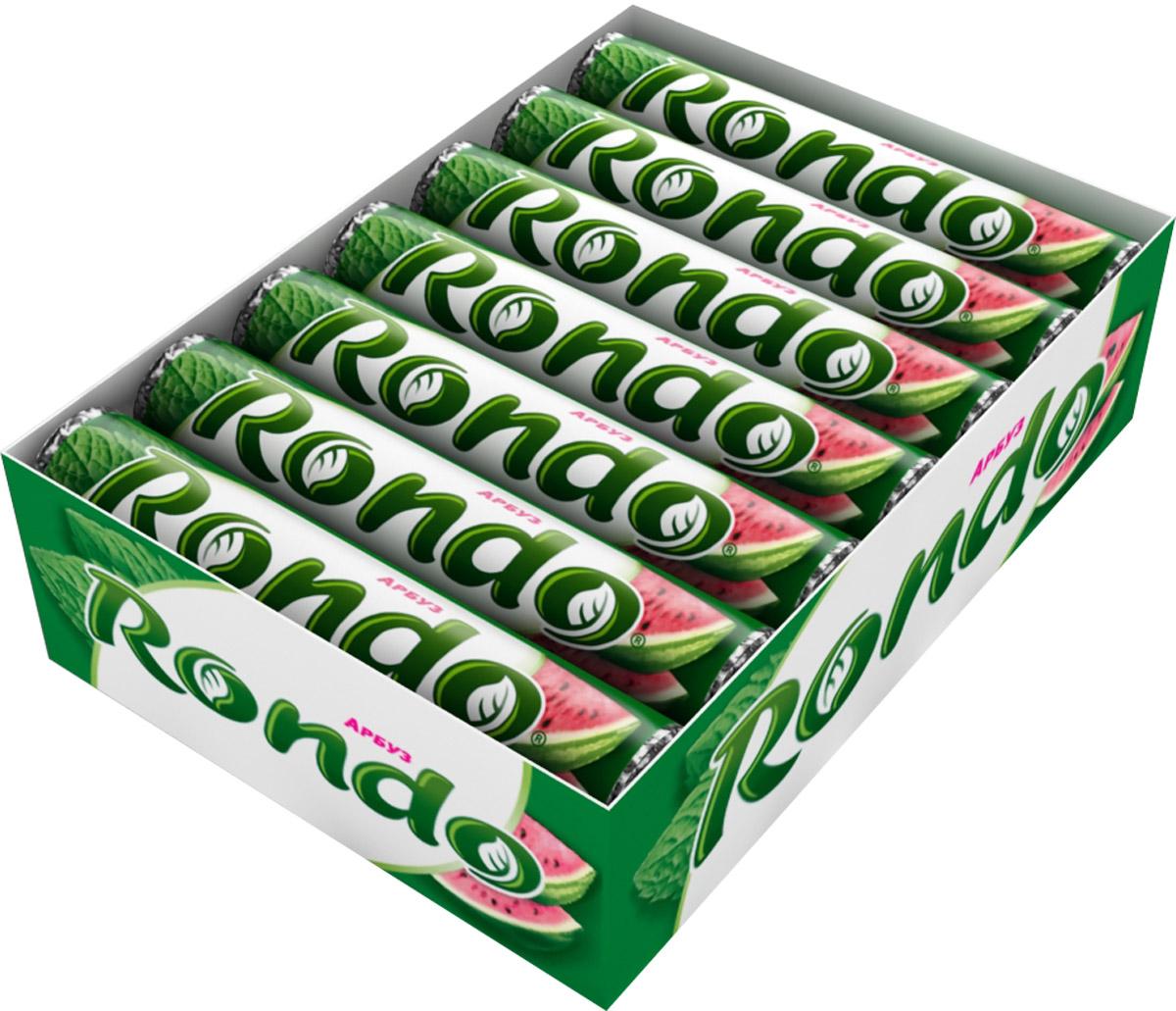 Rondo Арбуз освежающие конфеты, 14 пачек по 30 гУТ040810303Мятные конфеты Rondo с ароматом арбуза освежают дыхание и делают день слаще! Уникальный продукт, созданный в 1996 году специально для российских потребителей, по-прежнему остается одним из любимых оружий против несвежего дыхания. Свежее дыхание облегчает понимание!Уважаемые клиенты! Обращаем ваше внимание, что полный перечень состава продукта представлен на дополнительном изображении.