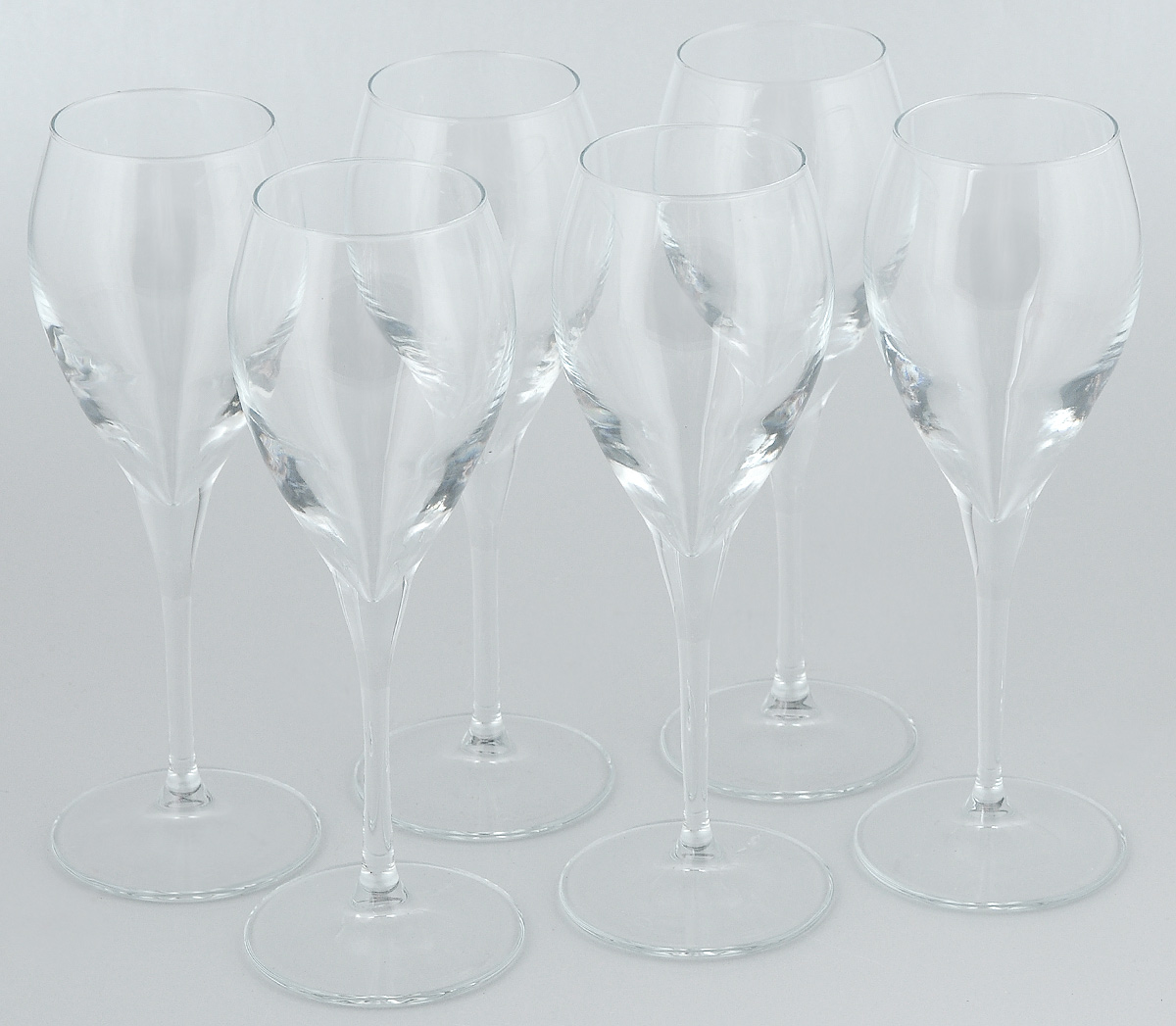Набор бокалов для вина Pasabahce Monte Carlo, 260 мл, 6 штVT-1520(SR)Набор Pasabahce Monte Carlo состоит из шести бокалов, выполненных из прочного натрий-кальций-силикатного стекла. Изделия оснащены высокими ножками и предназначены для подачи вина. Они сочетают в себе элегантный дизайн и функциональность. Набор бокалов Pasabahce Monte Carlo прекрасно оформит праздничный стол и создаст приятную атмосферу за романтическим ужином. Такой набор также станет хорошим подарком к любому случаю.
