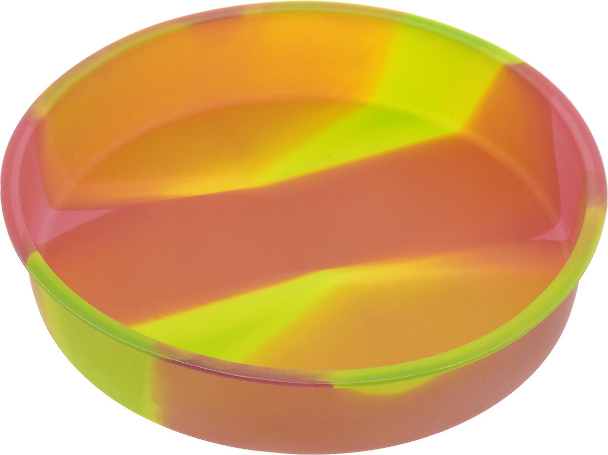 Форма для выпечки Atlantis Торт, цвет: желтый, зеленый, красный, диаметр 24 см54 009312Форма для выпечки Atlantis Торт изготовлена из качественного пищевого силикона. Силиконовая форма для выпечки имеет много преимуществ по сравнению с традиционной металлической и алюминиевой посудой. Благодаря гибкости и антипригарным свойствам изделия ваша выпечка никогда не потеряет свой внешний вид. Силикон не вступает ни в какое химическое воздействие с окружающими материалами, поэтому пища никогда не будет содержать посторонних примесей и неприятных запахов. Форма займет на вашей кухне минимум места, ее можно свернуть и убрать в шкаф, а при очередном использовании она примет первоначальный вид. Форма идеально подходит для использования в микроволновых, газовых и электрических печах при температурах до +230°С. Можно мыть в посудомоечной машине. Внешний диаметр (по верхнему краю): 24 см. Высота стенки: 5 см.