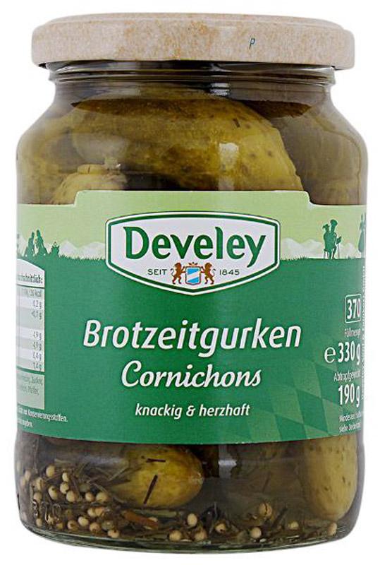 Develey корнишоны пикантно-пряные, 330 г7231Традиционная рецептура пряного маринада - кисло-сладкого, сдобренного зернами горчицы и кусочками болгарского перца - добавляет корнишонам Develey особую легкую пикантность, что особенно хорошо, если использовать огурцы как самостоятельную закуску.