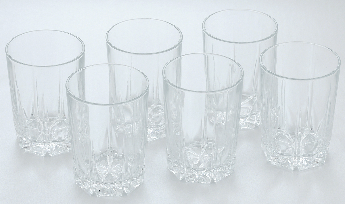 Набор стаканов Pasabahce Karat, 250 мл, 6 штVT-1520(SR)Набор Pasabahce состоит из шести стаканов, выполненных из натрий-кальций-силикатного стекла. Изделия предназначены для подачи сока, воды, компота и другихнапитков. Такие стаканы станут идеальным украшением праздничного стола и отличным подарком к любомупразднику.Высота стакана: 11 см.