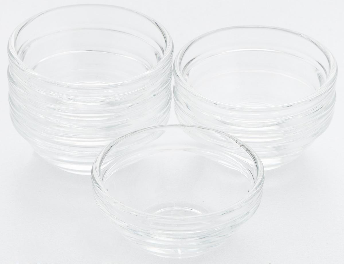 Набор салатников Pasabahce Chefs, диаметр 6 см, 6 штМ 1380Набор Pasabahce Chefs состоит из 6 салатников, выполненных из высококачественного натрий-кальций-силикатного стекла. Такие салатники прекрасно подойдут для сервировки стола и станут достойным оформлением для ваших любимых блюд. Высокое качество и функциональность набора позволят ему стать достойным дополнением к вашему кухонному инвентарю.Диаметр салатника: 6 см.Высота салатника: 3 см.