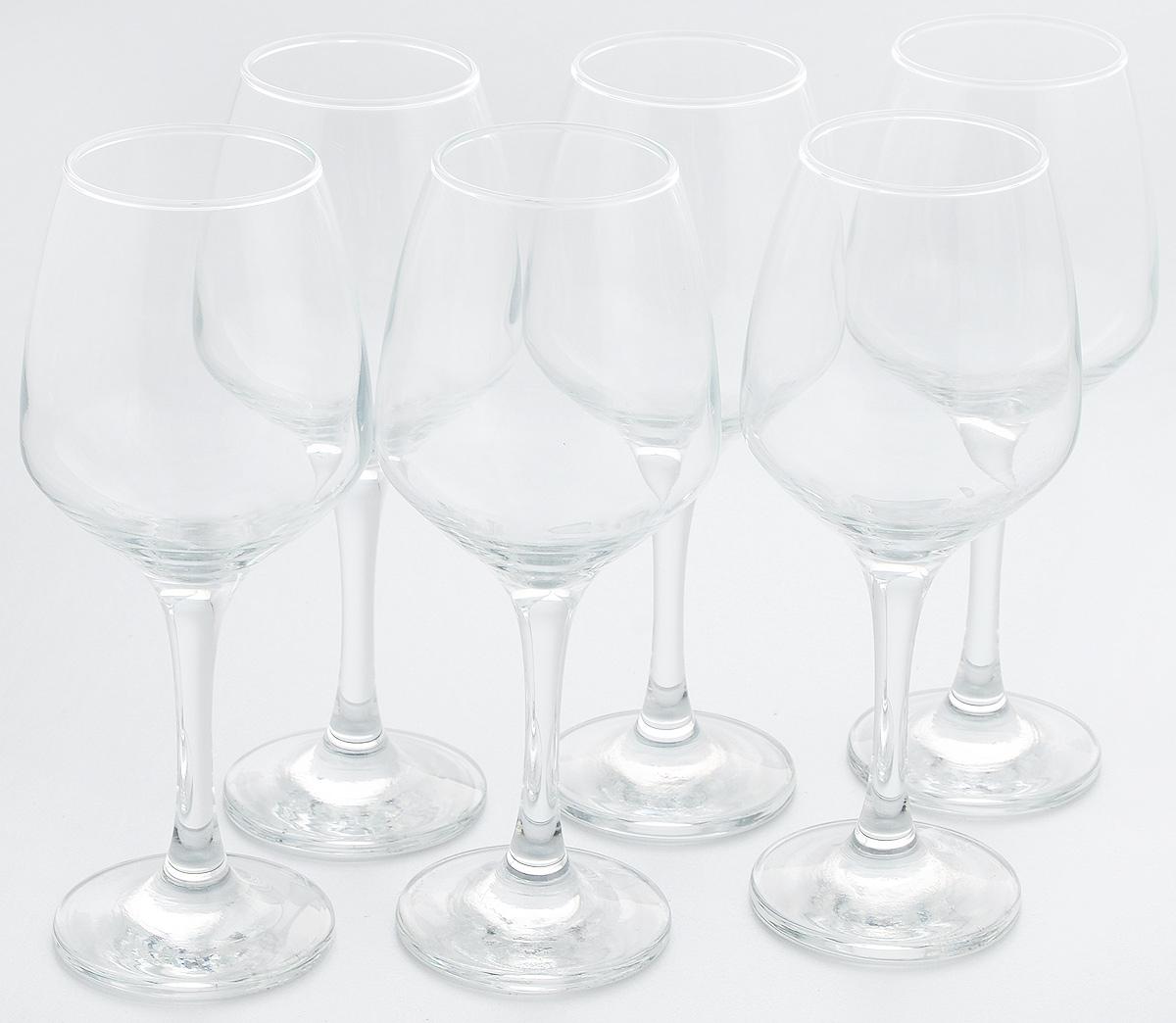 Набор бокалов для вина Pasabahce Isabella, 350 мл, 6 штVT-1520(SR)Набор Pasabahce Isabella состоит из 6 бокалов, выполненных из прочного натрий-кальций-силикатного стекла. Изделия оснащены высокими ножками и предназначены для подачи вина. Они сочетают в себе элегантный дизайн и функциональность. Набор бокалов Pasabahce Isabella прекрасно оформит праздничный стол и создаст приятную атмосферу за романтическим ужином. Такой набор также станет хорошим подарком к любому случаю.