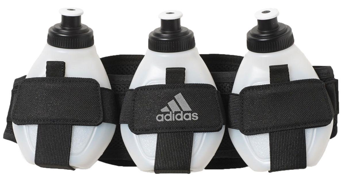 Сумка поясная для бега Adidas Run Bott Belt 3, с 3 бутылками в комплекте, цвет: черный, белый3B327Удобная сумка Run Bott Belt 3 от Adidas предназначена для бега. Изделие изготовлено из прочной и легкой ткани. Сумка оснащена отделением на застежке-молнии и тремя пластиковыми бутылками для питья во время пробежки. Бутылки прочно крепятся к сумке. Каждая емкость для питья имеет мерную шкалу. Бутылки можно мыть в посудомоечной машине. С сумкой Adidas Run Bott Belt 3 вам не нужно будет прерывать тренировки для утоления жажды. Объем бутылок: 170 мл. Количество бутылок: 3 шт.