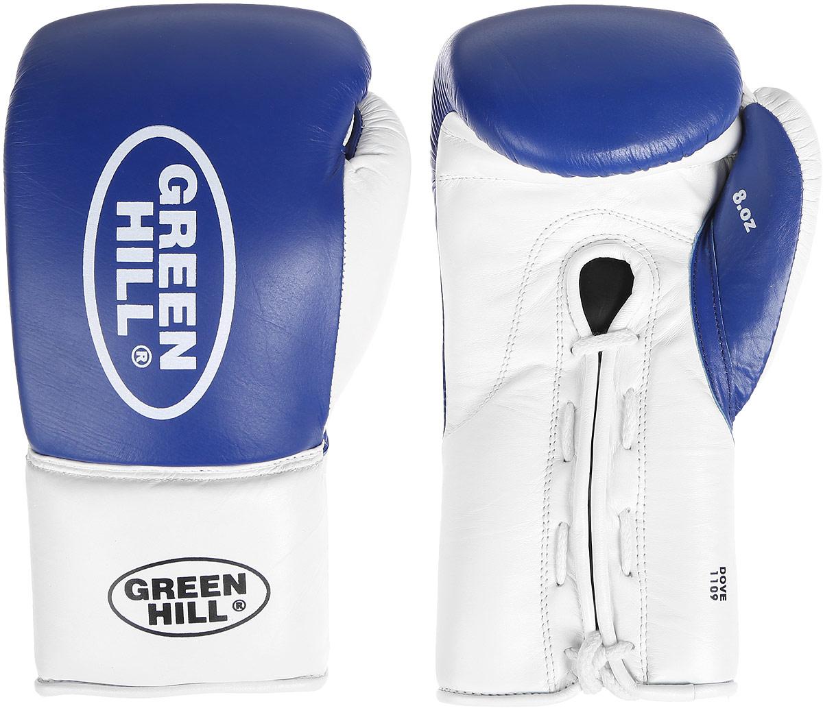 Перчатки боксерские Green Hill Dove, цвет: синий, белый. Вес 10 унций. BGD-2050AIRWHEEL Q3-340WH-BLACKБоксерские перчатки Green Hill Dove предназначены для использования профессионалами. Оснащены антинакаутной системой. Верх выполнен из натуральной кожи, наполнитель - из вспененного полимера. Отверстие в области ладони позволяет создать максимально комфортный терморежим во время занятий. Манжет на шнуровке способствует быстрому и удобному надеванию перчаток, плотно фиксирует перчатки на руке.