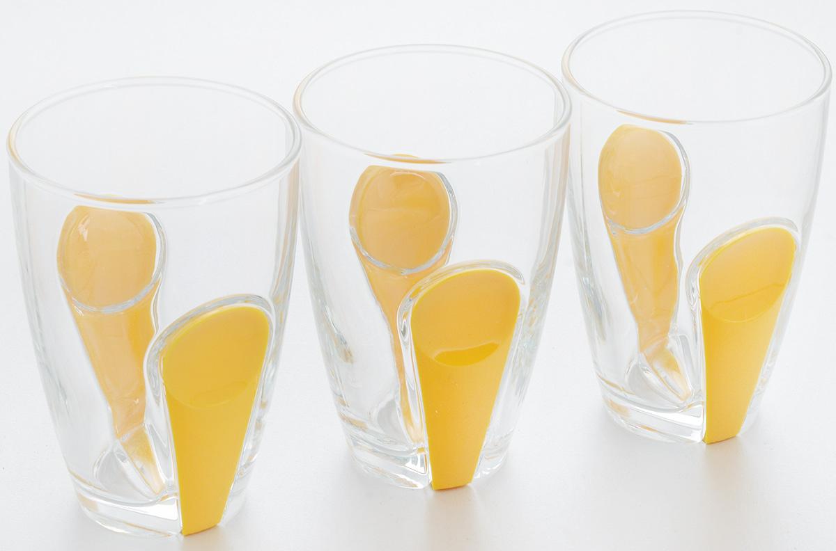 Набор стаканов Pasabahce Snap, с держателем, цвет: желтый, прозрачный, 260 мл, 3 шт41632B/YНабор Pasabahce Snap, выполненный из высококачественного стекла, состоит из трех стаканов. Стаканы оформлены держателями из цветного пищевого пластика. Набор прекрасно подойдет для подачи соков, воды, холодного чая и других напитков. Чистые цвета, плавные линии и совершенные формы предметов вызывают восхищение, а элегантный дизайн предметов набора привлечет к себе внимание и украсит интерьер. Стаканы идеально подойдут для сервировки стола и станут отличным подарком к любому празднику.Стаканы подходят для использования в холодильнике, морозильной камере, микроволновой печи до +70°С. Так же можно мыть в посудомоечной машине. Диаметр стакана по верхнему краю: 7 см. Высота стакана: 11 см.