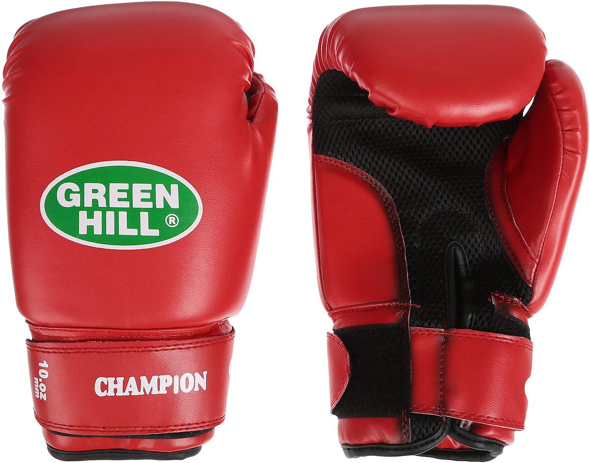 Перчатки боксерские Green Hill Champion, цвет: красный. Вес 10 унцийBP9452Боксерские перчатки Green Hill Champion предназначены для тренировок и соревнований. Верх выполнен из синтетической кожи, наполнитель - из пенополиуретана. Вставка из прочной замшевой сетки в области ладони позволяет создать максимально комфортный терморежим во время занятий. Перчатка хорошо проветривается благодаря системе воздухообмена. Широкий ремень, охватывая запястье, полностью оборачивается вокруг манжеты, благодаря чему создается дополнительная защита лучезапястного сустава от травмирования. Застежка на липучке способствует быстрому и удобному одеванию перчаток, плотно фиксирует перчатки на руке.
