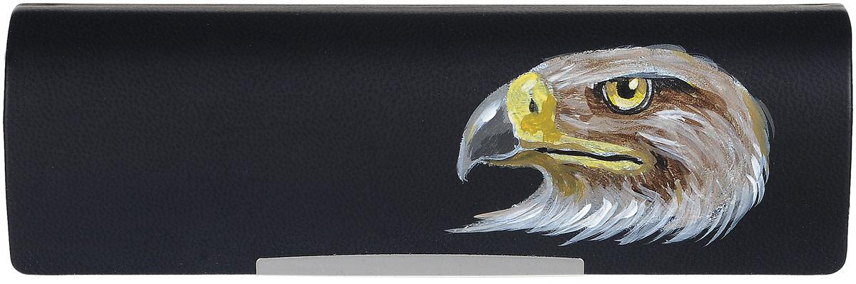 Футляр для очков Феодора Орел, цвет: черный. Ручная роспись. FM-883-OCBM8434-58AEСтильный футляр для очков Феодора Орел выполнен из искусственной кожи и расписан вручную акриловыми красками. Футляр закрывается на скрытый магнит. Внутренняя часть изделия оформлена мягким бархатистым материалом.