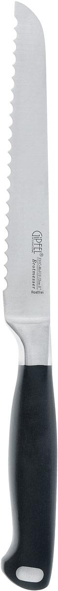 Нож для хлеба Gipfel Professional Line, длина лезвия 13 см54 009312Нож для хлеба Gipfel Professional Line изготовлен из углеродистой стали. Сбалансированность ножа обеспечивает приложение минимальных усилий при резке. Лезвие ножа не впитывает запахи и не оставляет запаха на продуктах. Ручка ножа выполнена из пластика, что обеспечивает максимальную безопасность при резке. Длинное зубчатое лезвие позволяет легко резать, а не мять хлеб и другие продукты с твердой коркой и мягкой серединой (в том числе и ананас). Такой нож займет достойное место среди аксессуаров на вашей кухне. Общая длина ножа: 23 см. Длина лезвия: 13 см.