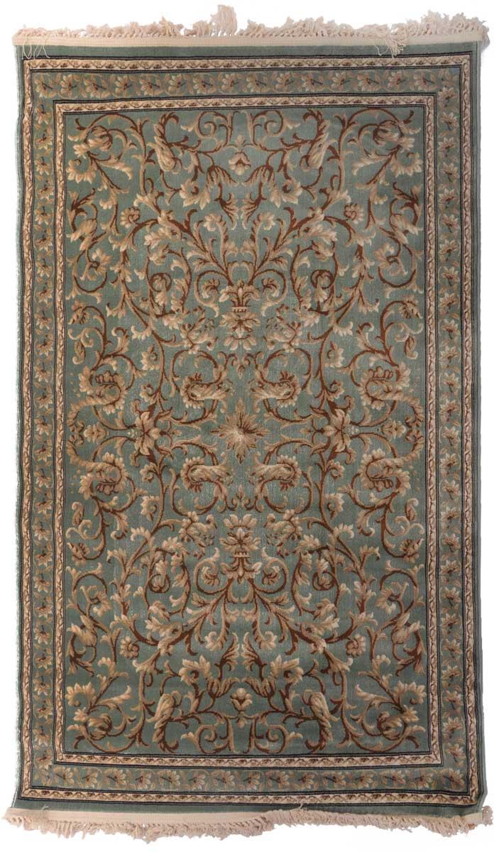 Ковер Mutas Carpet Антик Хоум, 120 х 180 см. 203420130212184092FS-91909Ковер Mutas Carpet, изготовленный из высококачественного материала, прекрасно подойдет для любого интерьера. За счет прочного ворса ковер легко чистить. При надлежащем уходе синтетический ковер прослужит долго, не утратив ни яркости узора, ни блеска ворса, ни упругости. Самый простой способ избавить изделие от грязи - пропылесосить его с обеих сторон (лицевой и изнаночной). Влажная уборка с применением шампуней и моющих средств не противопоказана. Хранить рекомендуется в свернутом рулоном виде.
