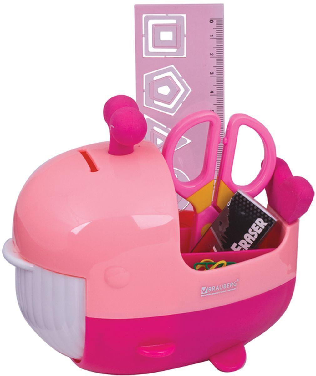 Brauberg Канцелярский набор Кит цвет розовый 4 предметаFS-00103Канцелярский набор Brauberg Кит выполнен из высококачественного яркого пластика и позволяет практично, удобно и оригинально организовать место для учебы и развлечений ребенка.Подставка для канцелярских принадлежностей выполнена в виде кита с открывающейся пастью, внутри которой располагается дополнительное отделение для хранения. Хвост кита и фонтанчик на его голове являются съемными ластиками. В набор также входят: сантиметровая линейка с вырубками-трафаретами в виде геометрических фигур, безопасные ножницы, ластик, канцелярские скрепки. Необычный канцелярский набор понравится любому школьнику и сделает учебу более интересной.