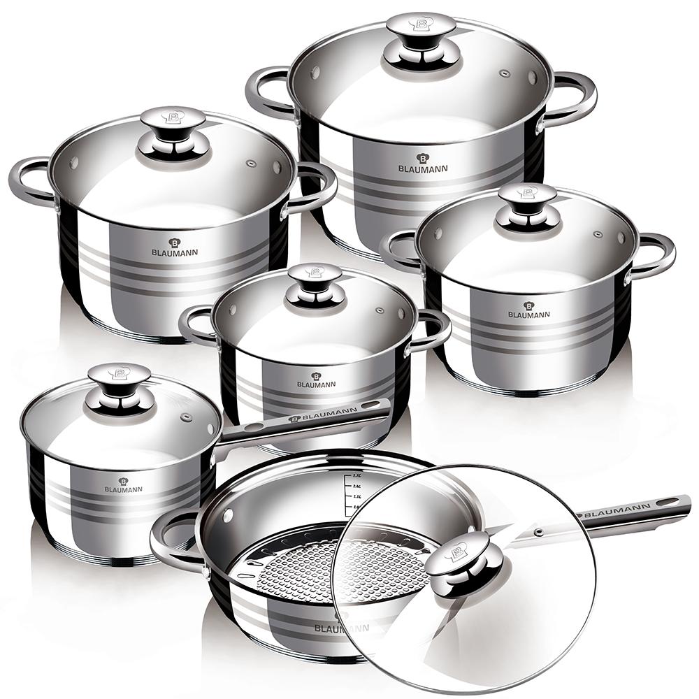 Набор посуды Blaumann Jambo, 12 предметов1424 WBНабор посуды Blaumann Jambo состоит из четырех кастрюль, сотейника и сковороды. Изделия выполнены из нержавеющей хромоникелевой стали. Этот материал обладает высокой стойкостью к коррозии и кислотам. Прочность,долговечность и надежность этого материала, а также первоклассная обработка обеспечивают практически неограниченный запас прочности. Зеркальная полировкапридает посуде привлекательный внешний вид.Посуда оснащена удобными ручками, которые не нагреваются в процессе приготовления пищи. Крышки изготовлены из жаростойкого стекла. Можно использовать на газовых, электрических, галогенных, стеклокерамических, индукционных плитах. Можно мыть в посудомоечной машине. Диаметр кастрюль (по верхнему краю): 24 см, 20 см, 18 см, 16 см. Объем кастрюль: 2,1 л, 2,5 л, 3,9 л, 6,5 л. Высота стенок кастрюль: 13,5 см, 12,5 см, 10,5 см, 9,5 см. Диаметр сотейника (по верхнему краю): 16 см. Диаметр сковороды (по верхнему краю) 24 см. Высота стенок сотейника: 9,5 см. Высота стенок сковороды: 7,5 см. Длина ручки сковороды: 16 см.