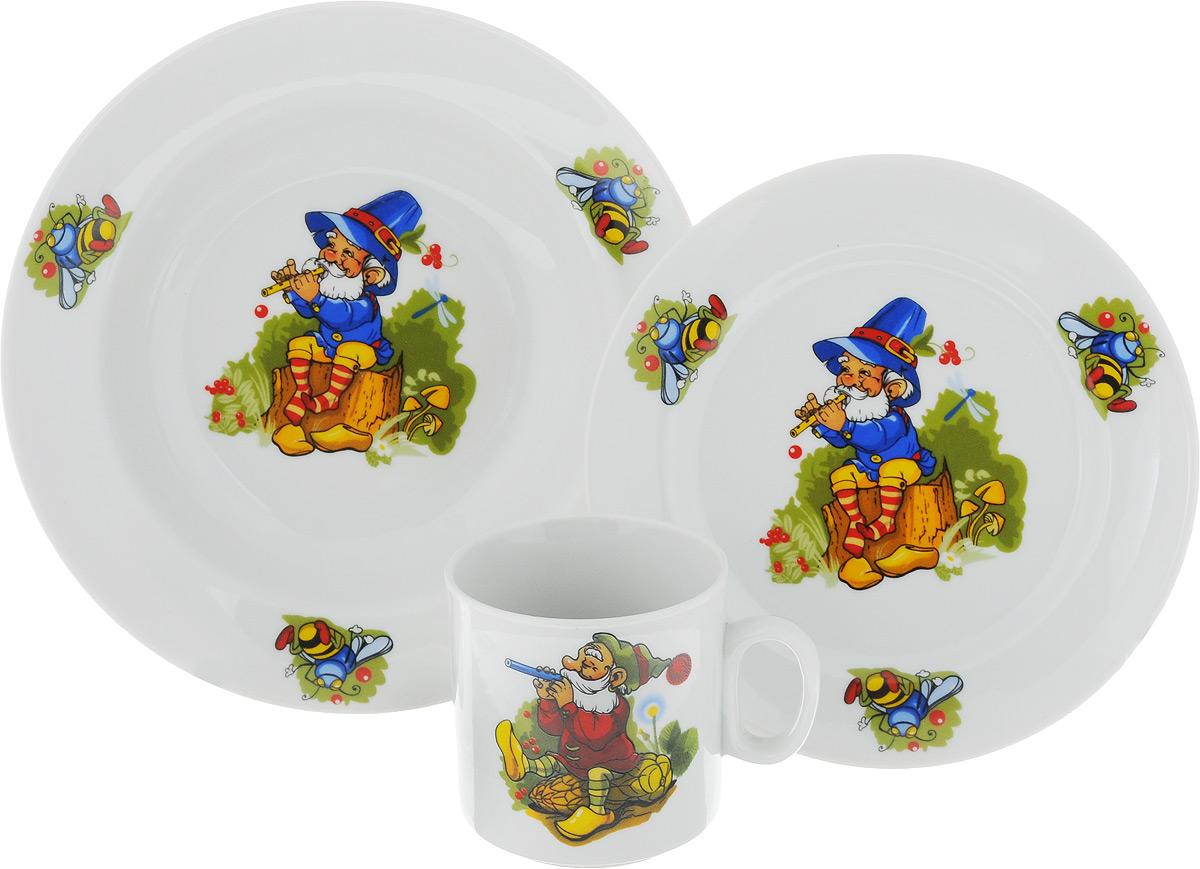 Набор детской посуды Идиллия. Лесовичок, 3 предмета. 4С0476Ф34115510Набор детской посуды Идиллия. Лесовичок, выполненный из высококачественного фарфора, состоит из кружки, обеденной тарелки и глубокой тарелки. Материал изделий нетоксичен и безопасен для детского здоровья. Изделия оформлены красочным рисунком. Детская посуда удобна и увлекательна, она не оставит равнодушным вашего малыша. Привычная еда станет более вкусной и приятной, если процесс кормления сопровождать игрой и сказками. Красочная посуда является залогом хорошего настроения и аппетита ваших детей, а также станет желанным подарком. Диаметр обеденной тарелки: 16,5 см. Диаметр глубокой тарелки: 19,5 см. Высота глубокой тарелки: 4 см. Объем кружки: 200 мл. Диаметр кружки (по верхнему краю): 7,5 см. Высота кружки: 7,5 см.