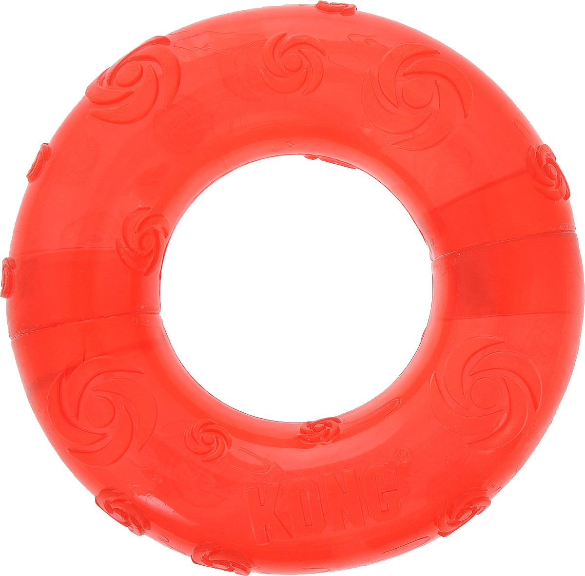 Игрушка для собак Kong Кольцо, с пищалкой, цвет: красный, 15 х 15 х 3,5 см75246Игрушка Kong Кольцо выполнена из высококачественной синтетической резины в виде большого кольца. Пищалка спрятана таким образом, чтобы собака не могла вынуть ее. Такая игрушка привлечет внимание вашего любимца и не оставит его равнодушным.