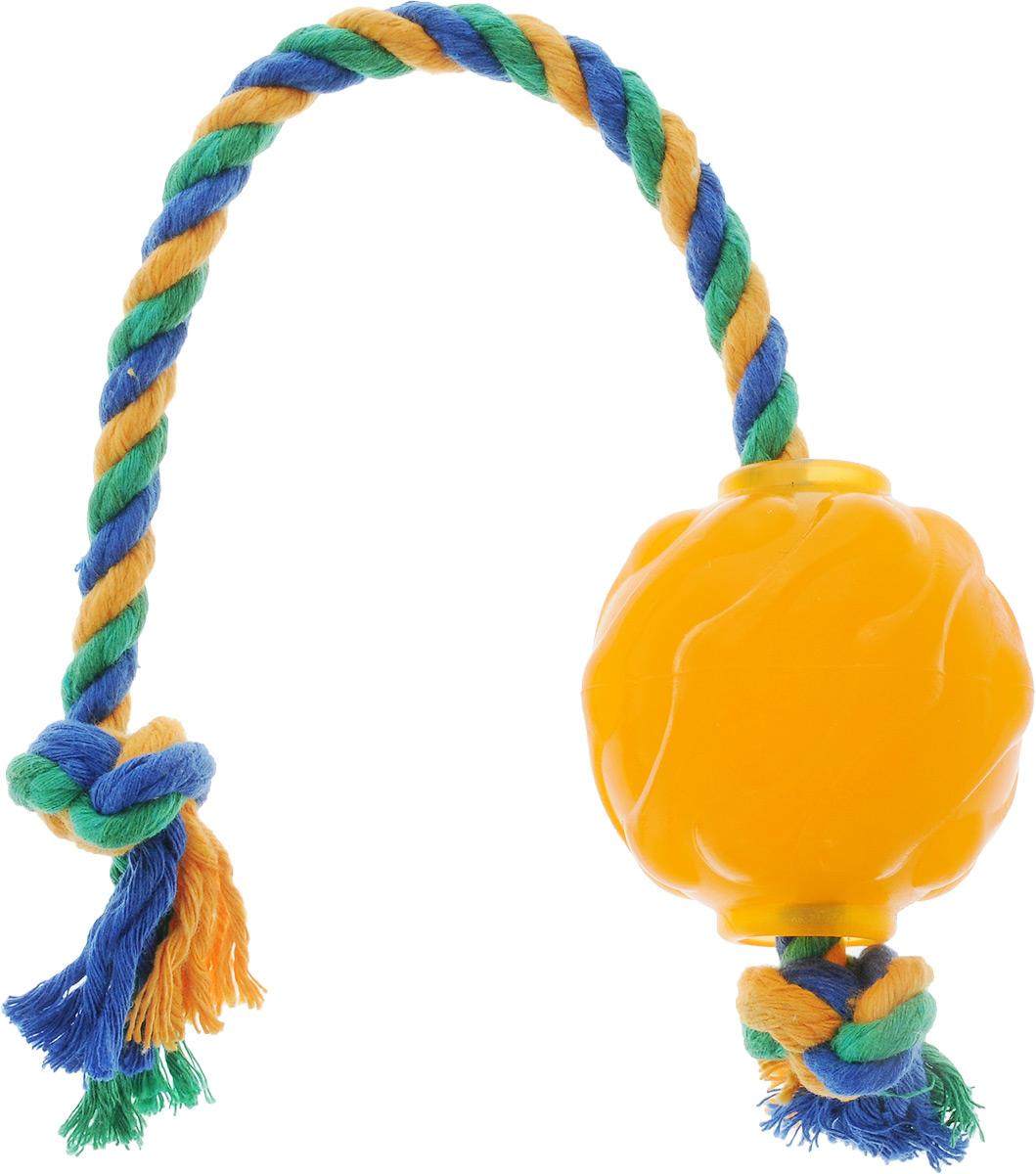 Игрушка для собак Doglike Мяч Космос, с канатом, длина 37 см0120710Игрушка Doglike Мяч Космос служит для массажа десен и очистки зубов от налета и камня, а также снимает нервное напряжение. Игрушка представляет собой резиновый мяч с текстильным канатом. Она прочная и может выдержать огромное количество часов игры. Это идеальная замена косточке.Если ваш пес портит мебель, излишне агрессивен, непослушен или страдает излишним весом то, скорее всего, корень всех бед кроется в недостаточной физической и эмоциональной нагрузке. Порадуйте своего питомца прекрасным и качественным подарком.Размер игрушки: 6 х 6 х 6,3 см. Длина игрушки (с канатом): 37 см.Уважаемые клиенты! Обращаем ваше внимание на цветовой ассортимент товара. Поставка осуществляется в зависимости от наличия на складе.