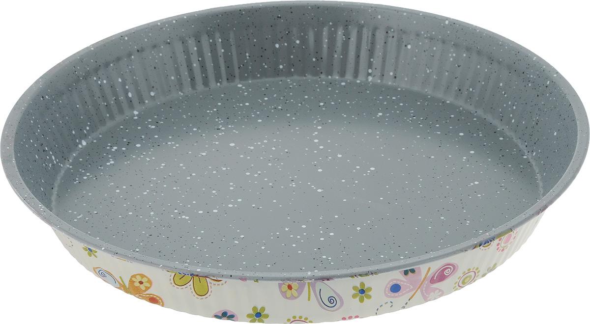 Форма для выпечки пирога Fissman, круглая, с антипригарным покрытием, диаметр 28 см. BW-5611BW-5611.28Круглая форма для выпечки Fissman изготовлена из углеродистой стали с антипригарным покрытием TouchStone. Не содержит в составе вредных веществ. Внешние стенки декорированы оригинальным рисунком.Такая форма найдет свое применение для выпечки большинства кулинарных шедевров. Форма равномерно и быстро прогревается, выпечка пропекается равномерно. Благодаря антипригарному покрытию, готовый продукт легко вынимается, а чистка формы не составит большого труда. Какое бы блюдо вы не приготовили, результат будет превосходным!Форма подходит для использования в духовке с максимальной температурой 240°С. Перед каждым использованием форму необходимо смазать небольшим количеством масла. Чтобы избежать повреждений антипригарного покрытия, не используйте металлические или острые кухонные принадлежности. Не рекомендуется мыть в посудомоечной машине. Диаметр формы по верхнему краю: 28 см. Высота стенки: 3,6 см.