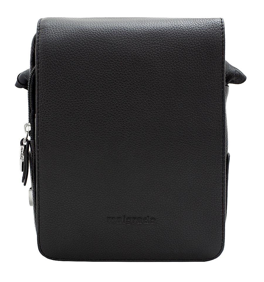 Сумка мужская Malgrado, цвет: черный. BR10-468 blackA-B86-05-CМужская сумка Malgrado выполнена из натуральной кожи черного цвета. Сумка состоит из одного отделения, закрывающегося на застежку-молнию и сверху широким клапаном на магниты. Внутри отделения - открытый накладной карман, вшитый карман на молнии, два накладных кармашка для мелочей и два фиксатора для пишущих принадлежностей. Под клапаном предусмотрен карман на молнии и открытый накладной карман для бумаг и документов. На лицевой стороне, на задней стенке сумки расположен глубокий карман для бумаг на молнии. Сумка оснащена актуальной ручкой-лентой регулируемой длины. Сегодня мужская сумка - необходимый аксессуар для современного мужчины. Характеристики:Материал: натуральная кожа, металл, текстиль. Цвет: черный. Размер сумки: 18 см х 24 см х 8 см.Высота ручки (регулируется): 45 см. Артикул: BR10-468.