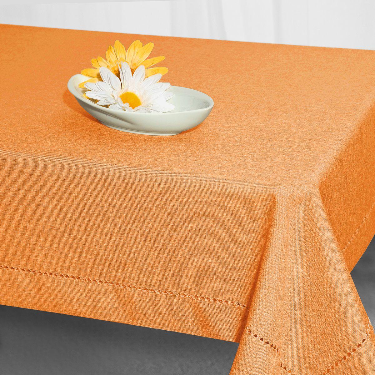 Скатерть Schaefer, прямоугольная, цвет: оранжевый, 130 x 170 см. 07599-42907599-429Стильная скатерть Schaefer выполнена из полиэстера.Изделия из полиэстера легко стирать: они не мнутся, не садятся и быстро сохнут, они более долговечны, чем изделия из натуральных волокон.Немецкая компания Schaefer создана в 1921 году. На протяжении всего времени существования она создает уникальные коллекции домашнего текстиля для гостиных, спален, кухонь и ванных комнат. Дизайнерские идеи немецких художников компании Schaefer воплощаются в текстильных изделиях, которые сделают ваш дом красивее и уютнее и не останутся незамеченными вашими гостями. Дарите себе и близким красоту каждый день!