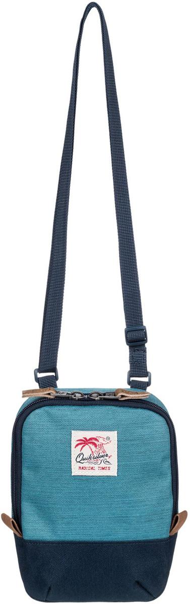 Сумка на плечо мужская Quiksilver Black Dies, цвет: голубой. EQYBA03068-BYH0EQYBA03068-BYH0Мужская сумка на плечо Quiksilver выполнена из полиэстера. Модель с одним основным отделением застегивается на молнию. У изделия регулируемая по длине плечевая лямка.