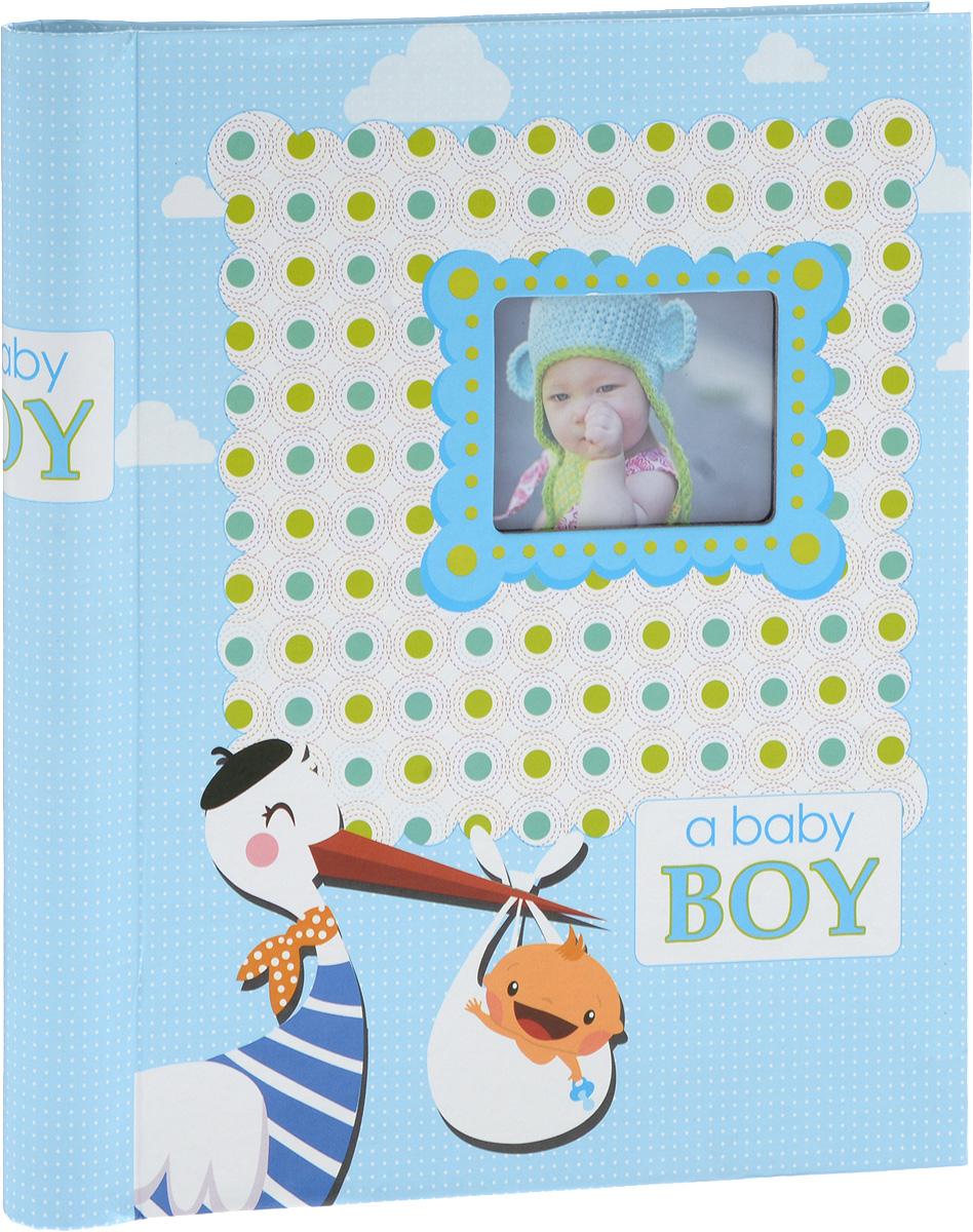 Фотоальбом Platinum Малыши - 2, 30 листов, цвет: голубой3М1614_ голубой, 9820-30/FФотоальбом Platinum Малыши - 2, изготовленный из ламинированного картона с клеевым покрытием и пленки, поможет сохранить вам самые важные и счастливые события жизни вашего ребенка. Этот альбом станет драгоценной памятью для вас, вашего ребенка и, возможно, ваших внуков.Обложка выполнена из толстого картона и оформлена оригинальным рисунком. Лицевая сторона обложки имеет окошечко для фотографии. Внутри содержится 30 магнитных листов, которые крепятся с помощью спирали. Нам всегда так приятно вспоминать о самых счастливых моментах жизни, запечатленных на фотографиях. Размер листа: 22,5 х 28 см.