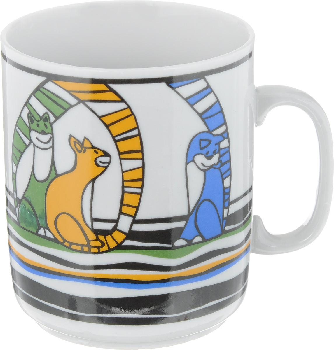 Кружка Фарфор Вербилок Коты, цвет: зеленый, желтый, синий, 300 мл115510Кружка Фарфор Вербилок Коты способна скрасить любое чаепитие. Изделие выполнено из высококачественного фарфора. Посуда из такого материала позволяет сохранить истинный вкус напитка, а также помогает ему дольше оставаться теплым.Диаметр кружки (по верхнему краю): 8 см.Высота кружки: 9,5 см.