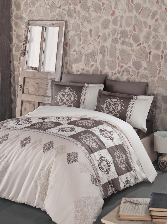 Комплект белья Clasy Mandela, семейный, наволочки 50х70, цвет: коричневый391602Комплект постельного белья Clasy Mandela изготовлен в Турции из высококачественного сатина на одной из ведущих фабрик.Выбирая постельное белье Clasy Mandela вы будете приятно удивлены качественной выделкой ткани, красивыми и модными расцветками, а так же его отличным качеством. Все наволочки у комплектов Clasy Mandela имеют клапан без пуговиц и молнии. Все пододеяльники с пуговицами.