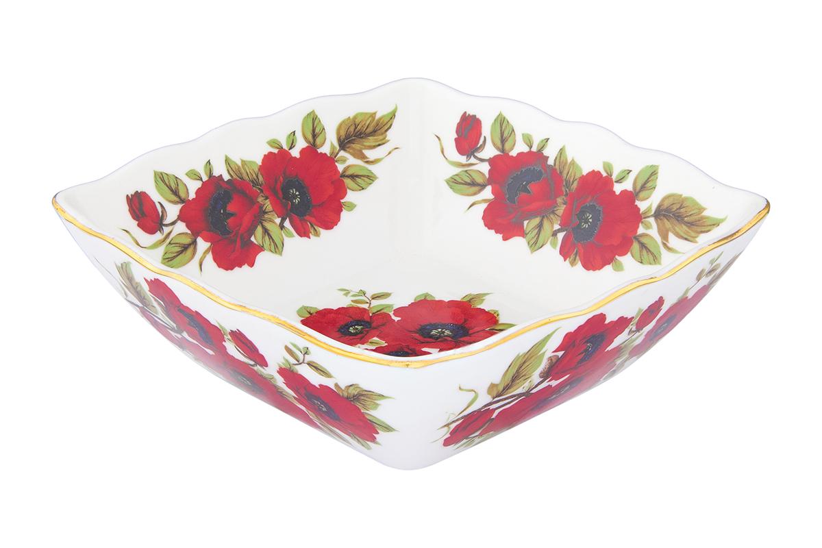 Салатник Elan Gallery Маки, 600 мл54 009312Великолепныйсалатник Elan Gallery Маки, изготовленный из высококачественного фарфора, прекрасно подойдет для подачи различных блюд: закусок, салатов или фруктов. Такой салатник украсит ваш праздничный или обеденный стол, а оригинальное исполнение понравится любой хозяйке. Не рекомендуется применять абразивные моющие средства. Не использовать в микроволновой печи.Диаметр салатника (по верхнему краю): 15,5 см.Высота салатника: 5,5 см.