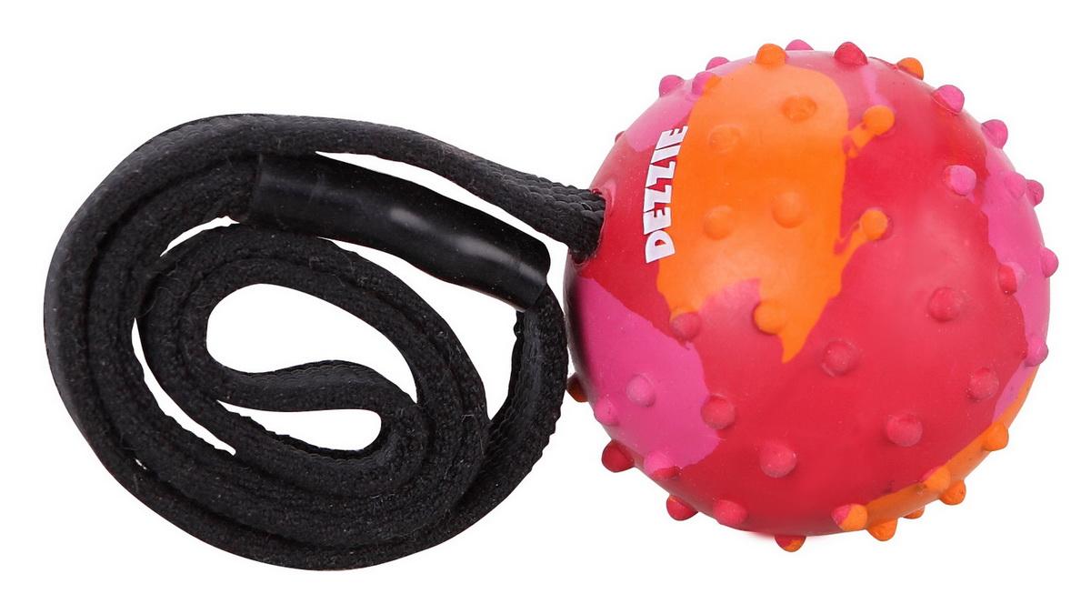 Игрушка для собак Dezzie Мечта на веревке, со вкусом мяса, 37 смGLG008Игрушка для собак Dezzie Мечта, выполненная из резины станет отличным подарком активному питомцу, чьи хозяева заботятся о здоровье и правильном развитии собаки. Игрушки из резины созданы из безопасного и прочного материала, поэтому их спокойно можно использовать при длительных занятиях и играх с любимцем. Эластичность резины и специальные выступы на поверхности игрушек способствуют тренировке жевательных мышц, очищению зубов и массажу десен собаки. Привлекающий животных аромат мяса и увлекательная структура игрушек позволит вашему питомцу надолго занять свой досуг.Размер игрушки: 37 см.