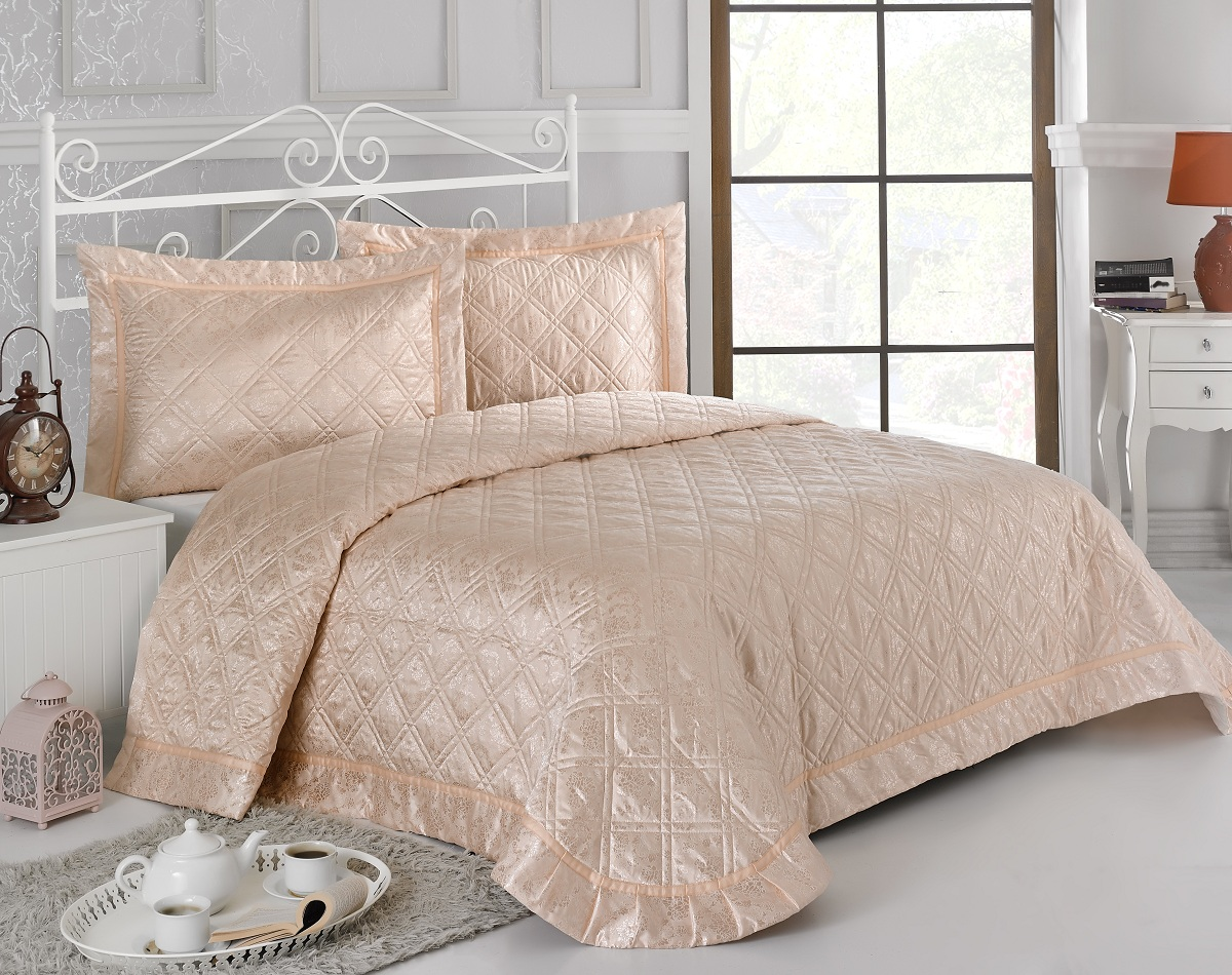 Комплект для спальни Karna Moneta: покрывало 230 х 250 см, 2 наволочки 50 х 70 см, цвет: абрикосовый5082/CHAR006