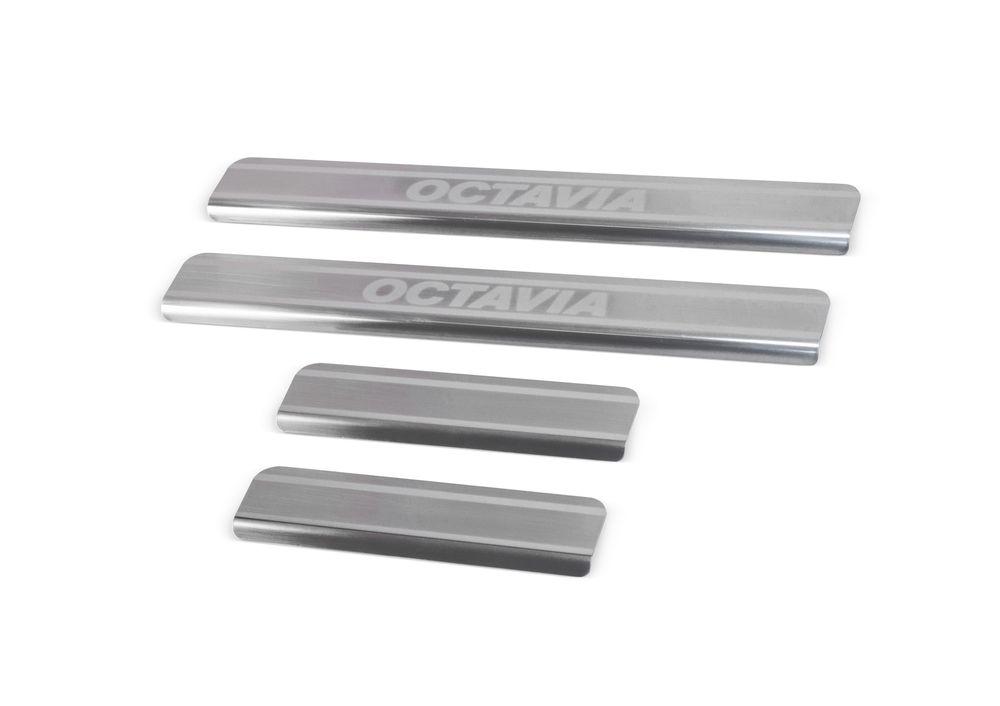 Накладки на пороги Rival, для Skoda Octavia A7 2013-, 4 штDW90Накладка на пороги Rival защищают лакокрасочное покрытие от механических повреждений и создают индивидуальный внешний вид автомобиля.- Накладки изготовлены из высококачественной итальянской нержавеющей стали AISI 304.- Надежная фиксация на автомобиле с помощью фирменного скотча 3М. - Устойчивое к истиранию изображение на накладках нанесено методом абразивной полировки- Идеально повторяют геометрию порогов автомобиля.Уважаемые клиенты!Обращаем ваше внимание, что накладка имеет форму и комплектацию, соответствующую модели данного автомобиля. Фото служит для визуального восприятия товара.