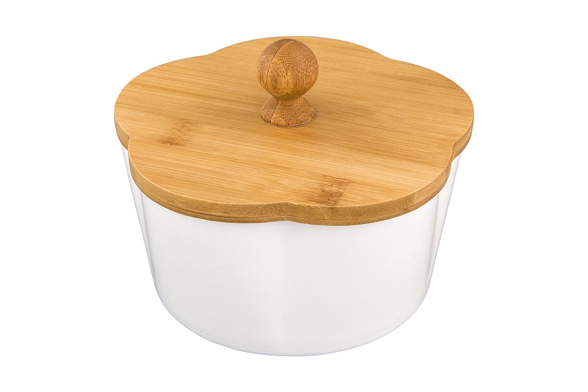 Банка для печенья Elan Gallery Айсберг, с крышкой, 760 мл540124Банка для печенья - удобный предмет для хранения сладостей в оригинальном исполнении. Дополнит облик вашей кухни и прекрасно впишется в интерьер. Станет отличным подарком для любой хозяйки. Размер 14,8 х 14,8 х 11,5 см. Объем -760 мл.