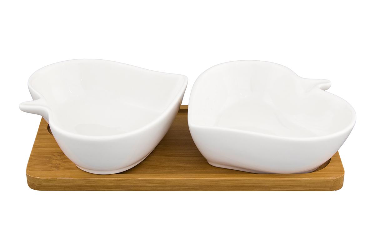 Набор блюд Elan Gallery Листья, на подставке, 2 предметаVT-1520(SR)Набор из двух блюд на деревянной подставке украсит современный интерьер и станет отличным подарком для любителей стильных вещей. Размер подставки: 20,5 х 10,5 х 4 см. Объем блюда: 140 мл.