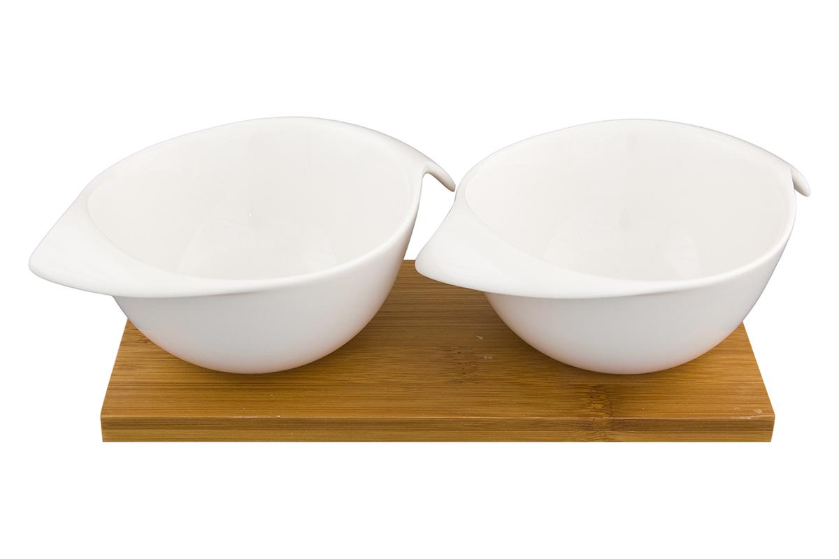 Набор блюд Elan Gallery Айсберг, на подставке, 2 предметаVT-1520(SR)Набор из двух блюд на деревянной подставке украсит современный интерьер и станет отличным подарком для любителей стильных вещей. Размер подставки: 24,5 х 11,5 х 6 см. Объем блюда: 220 мл.