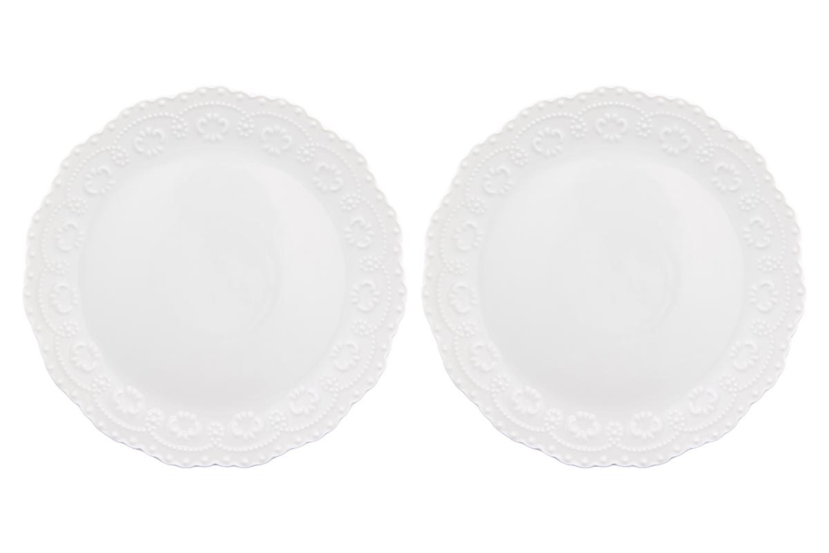 Набор тарелок Elan Gallery Узор, цвет: белый, диаметр: 20,5 см, 2 шт54 009312У Вас намечается небольшое торжество - используйте набор из 2 тарелок для закуски. Они не займут много места на столе. Тарелки из серии Узор станут украшением Вашего стола. Изделие имеет подарочную упаковку. Диаметр тарелки: 20,5 см.