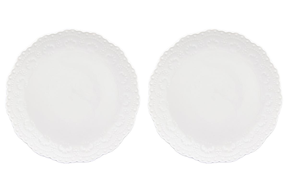 Набор тарелок Elan Gallery Узор, цвет: белый, диаметр 16 см, 2 шт54 009312У Вас намечается небольшое торжество - используйте набор из 2 десертных тарелок. Они не займут много места на столе. Тарелки из серии Белый узор станут украшением Вашего стола. Изделие имеет подарочную упаковку. Размер 16х16х1,7 см.
