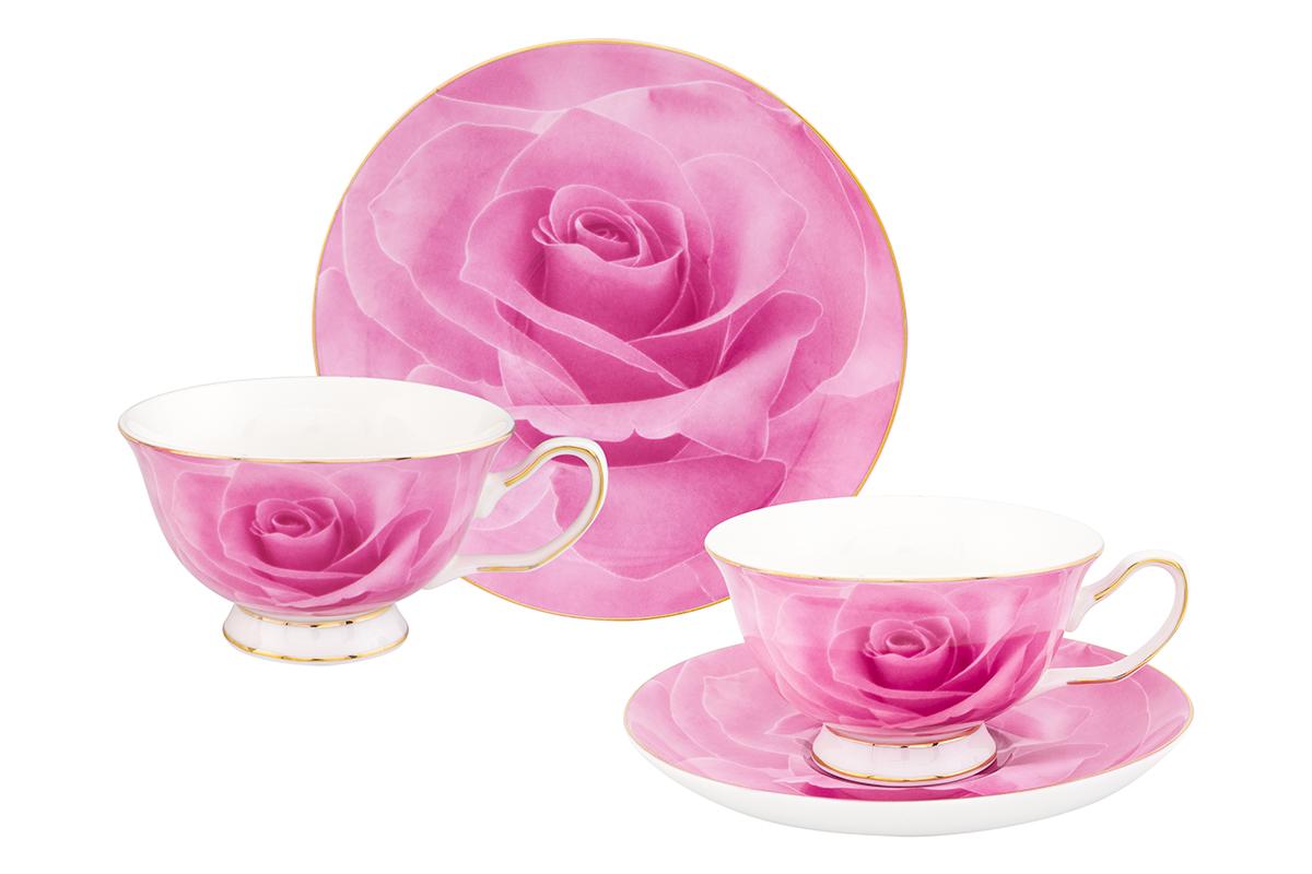 Набор чайный Elan Gallery Роза, 4 предмета54 009312Чайный набор Elan Gallery Роза состоит из 2 чашек, 2 блюдец, изготовленных из высококачественного фарфора. Предметы набора декорированы изображением цветов.Чайный набор Elan Gallery Роза украсит ваш кухонный стол, а также станет замечательным подарком друзьям и близким.Изделие упаковано в подарочную коробку с атласной подложкой. Не рекомендуется применять абразивные моющие средства. Не использовать в микроволновой печи.Объем чашки: 200 мл.