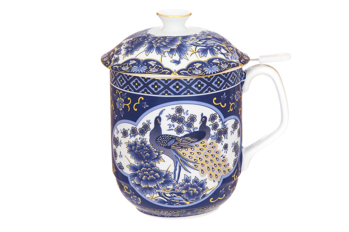 Кружка Elan Gallery Павлин, с ситом, 480 мл54 009303Классическая кружка Elan Gallery Павлин для заваривания чая выполнена из высококачественного фарфора. В комплекте кружка, крышка, металлическое сито. Изделие имеет подарочную упаковку, поэтому станет желанным подарком для Ваших близких! Объем кружки: 480 мл.