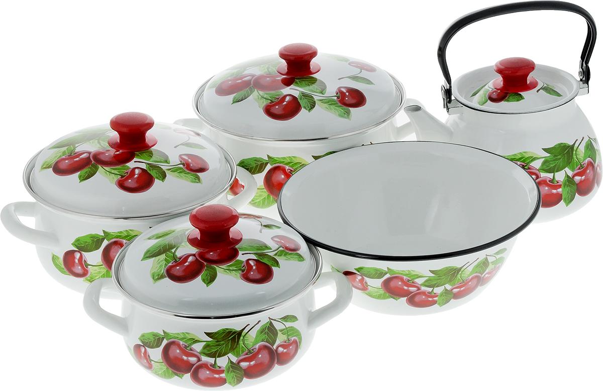 Набор посуды КМК Вишневый сад - 2М, 9 предметов68/5/4Набор посуды КМК Вишневый сад - 2М состоит из миски, трех кастрюль и чайника с крышками. Изделия изготовлены из высококачественной стали с эмалированным покрытием и оформлены изображением вишни. Эмалевое покрытие, являясь стекольной массой, не вызывает аллергии и надежно защищает пищу от контакта с металлом. Внутренняя поверхность идеально ровная, что значительно облегчает мытье. Покрытие устойчиво к механическому воздействию, не царапается и не сходит, а стальная основа практически не подвержена механической деформации, благодаря чему срок эксплуатации увеличивается. Кастрюли и чайник оснащены крышками, выполненными из стали с эмалированным покрытием. Крышки плотно прилегают к краям изделий и имеют удобные пластиковые ручки. Чайник оснащен стальной ручкой. Подходят для всех типов плит, включая индукционные. Можно мыть в посудомоечной машине. Высота стенок кастрюль: 9,5 см, 11,5 см, 12,5 см. Диаметр кастрюль (по верхнему краю): 20 см, 22 см, 25 см.Ширина кастрюль (с учетом ручек): 26 см, 28,5 см, 31 см.Объем кастрюль: 2 л, 3 л, 4 л. Высота чайника (без учета крышки и ручки): 14 см. Диаметр чайника (по верхнему краю): 13,5 см. Объем чайника: 3 л. Диаметр миски (по верхнему краю): 28 см. Высота стенок миски: 10 см. Объем миски: 4 л.