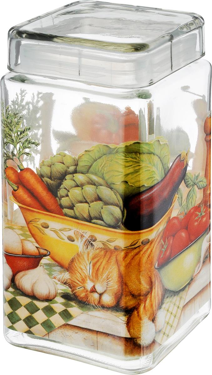 Банка для сыпучих продуктов SinoGlass Ленивый повар, 2,1 лVT-1520(SR)Банка для сыпучих продуктов SinoGlass Ленивый повар изготовлена из прочного стекла и оснащена крышкой, которая плотно закрывается благодаря пластиковой вставке на верхней части банки. Внутри сохраняется герметичность, и продукты дольше остаются свежими. Изделие предназначено для хранения различных сыпучих продуктов: круп, чая, сахара, орехов и много другого. Функциональная и вместительная банка станет незаменимым аксессуаром на любой кухне. Объем: 2,1 л.Размер основания: 11 х 11 см.Высота банки (с учетом крышки): 22 см.