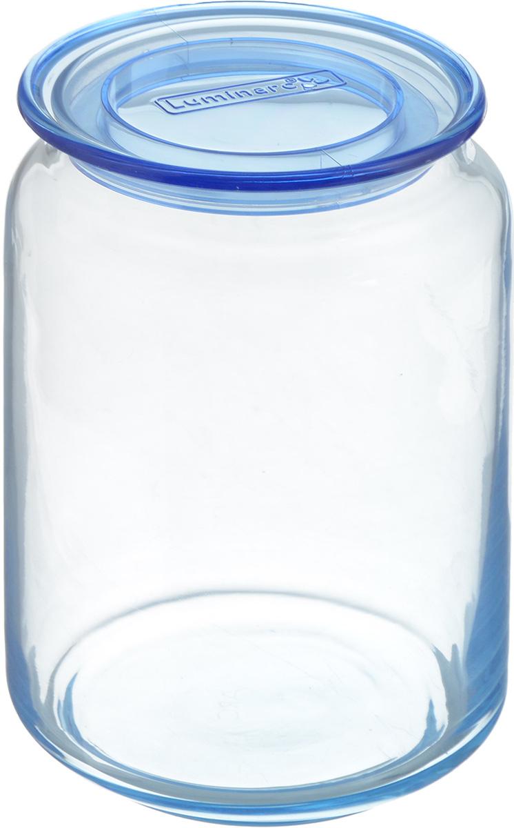 Банка для сыпучих продуктов Luminarc Rondo, с крышкой, цвет: светло-синий, 750 млАксион Т-33Банка Luminarc Rondo, выполненная извысококачественного стекла, станет незаменимымпомощником на кухне. В ней будет удобно хранитьразнообразные сыпучие продукты, такие как кофе,сахар, соль или специи. Прозрачная банка позволит следить,что и в каком количестве находится внутри. Банка надежнозакрывается пластиковой крышкой, которая снабженасиликоновым уплотнителем для лучшей фиксации. Такая банка не только сэкономит место на вашей кухне, но иукрасит интерьер.Объем: 750 мл.Диаметр банки (по верхнему краю): 7,5 см.Высота банки (без учета крышки): 13 см.