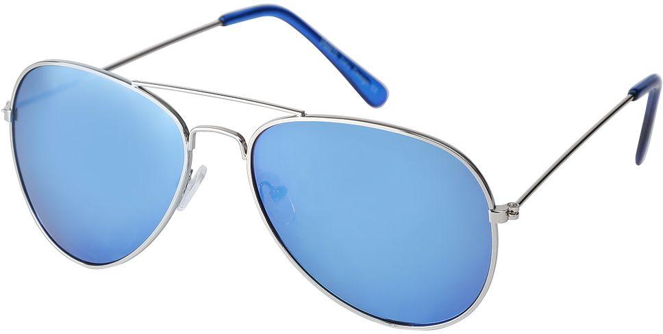 Очки солнцезащитные женские Fabretti, цвет: серебристый, голубой. F3714089-2ZBM8434-58AEЯркие женские очки-авиаторы от итальянского бренда Fabretti предназначены стать изысканным украшение любого образа. Модный сине-зеленый цвет линз прекрасно дополнит как повседневный, так и классический стиль. Прочная металлическая оправа, аккуратные дужки и зеркальное покрытие превратили очки, в аксессуар, который еще долго будет оставаться на пике моды. В комплектации с очками чехол, который можно использовать как салфетку.