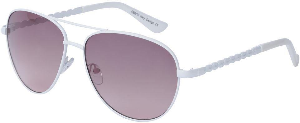 Очки солнцезащитные женские Fabretti, цвет: белый, пепельно-розовый. J172383-2GBM8434-58AEЖенские очки-авиаторы от итальянского бренда Fabretti – это изысканный аксессуар, который должен быть у каждой модницы в этом сезоне. Стильная форма, белая оправа, фиолетовые линзы и аккуратные дужки с изящным орнаментом с легкостью подчеркнут ваш яркий вкус и дополнят любой современный образ. Градиентное покрытие линз придаст загадочность и утонченности вашему взгляду.