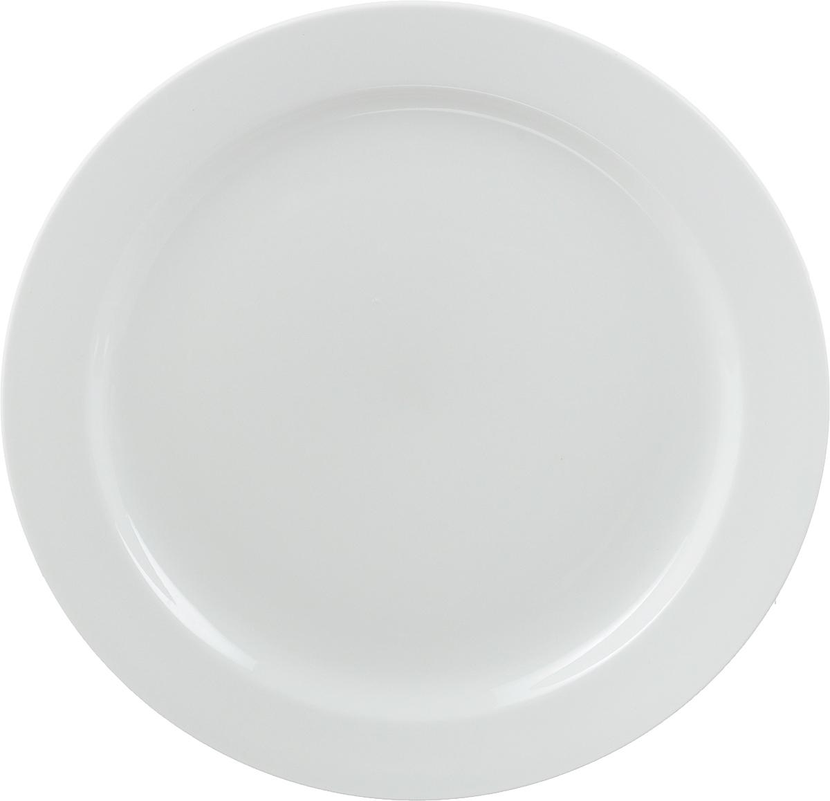 Тарелка мелкая Ariane Прайм, диаметр 27 смAPRARN17027Мелкая тарелка Ariane Прайм, изготовленная из высококачественного фарфора, имеет классическую круглую форму с узким бортом. Такая тарелка отлично подойдет в качестве блюда для сервировки закусок, нарезок, горячих блюд. Изделие прекрасно впишется в интерьер вашей кухни и станет достойным дополнением к кухонному инвентарю. Тарелка Ariane Прайм подчеркнет прекрасный вкус хозяйки и станет отличным подарком.Можно мыть в посудомоечной машине и использовать в микроволновой печи. Высота тарелки: 2 см.Диаметр тарелки: 27 см.