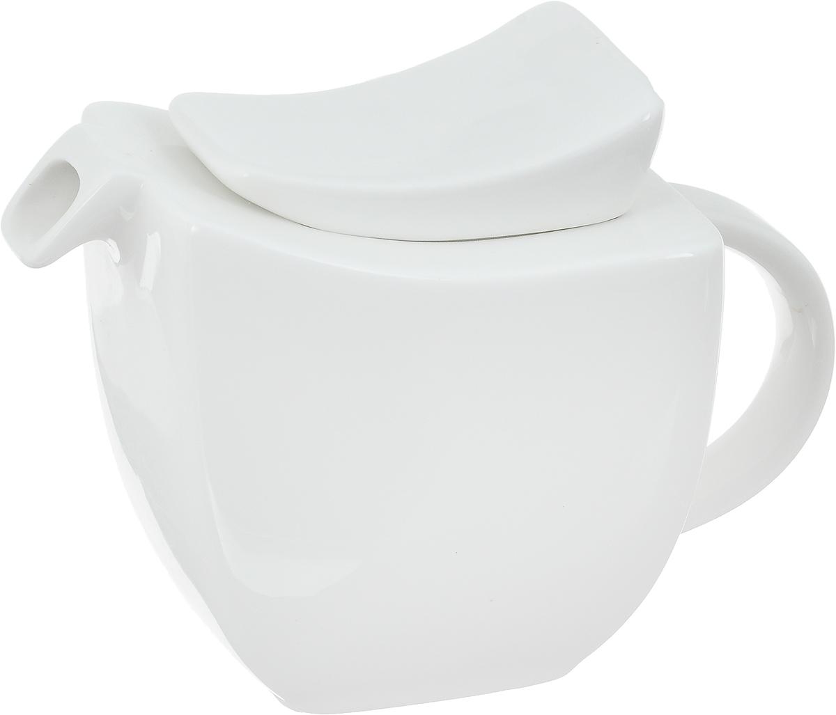 Чайник заварочный Ariane Rectangle, 400 млM1923-16Заварочный чайник Ariane Rectangle изготовлен из высококачественного фарфора. Глазурованное покрытие обеспечивает легкую очистку. Изделие прекрасно подходит для заваривания вкусного и ароматного чая, а также травяных настоев. Оригинальный дизайн сделает чайник настоящим украшением стола. Он удобен в использовании и понравится каждому.Можно мыть в посудомоечной машине и использовать в микроволновой печи. Размер чайника (по верхнему краю): 8,5 х 10,5 см. Высота чайника (без учета крышки): 9 см. Высота чайника (с учетом крышки): 12 см.