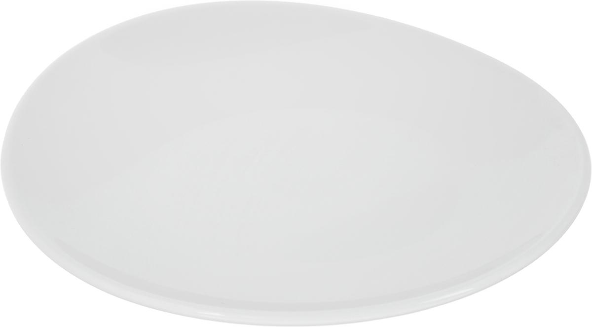 Тарелка Ariane Коуп, диаметр 15 см115510Оригинальная тарелка Ariane Коуп изготовлена из высококачественного фарфора с глазурованным покрытием и имеет приподнятый край. Изделие круглой формы идеально подходит для сервировки закусок и других блюд. Такая тарелка прекрасно впишется в интерьер вашей кухни и станет достойным дополнением к кухонному инвентарю. Можно мыть в посудомоечной машине и использовать в микроволновой печи. Диаметр тарелки (по верхнему краю): 15 см. Максимальная высота тарелки: 2,5 см.