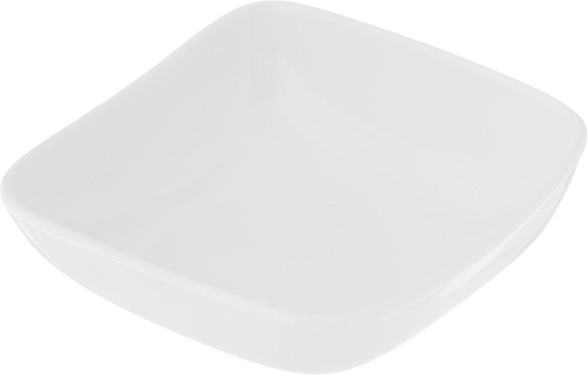 Салатник Ariane Vital Square, 220 мл115510Салатник Ariane Vital Square, изготовленный из высококачественного фарфора с глазурованным покрытием, прекрасно подойдет для подачи различных блюд: закусок, салатов или фруктов. Такой салатник украсит ваш праздничный или обеденный стол.Можно мыть в посудомоечной машине и использовать в микроволновой печи.Размер салатника (по верхнему краю): 12 х 12 см.Высота стенки: 4,5 см.Объем салатника: 220 мл.