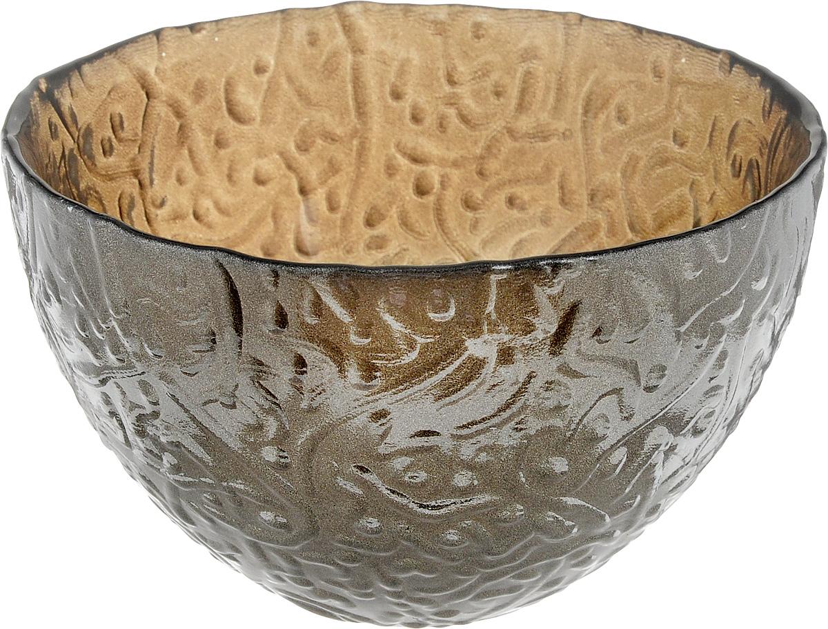 Салатник NiNaGlass Ажур, цвет: серо-золотой, диаметр 12 смJ2129Салатник NiNaGlass Ажур выполнен извысококачественного стекла и имеет рельефную поверхность. Он прекрасно впишется в интерьервашей кухни и станет достойным дополнением ккухонному инвентарю. Не рекомендуется использовать вмикроволновой печи и мыть в посудомоечноймашине.