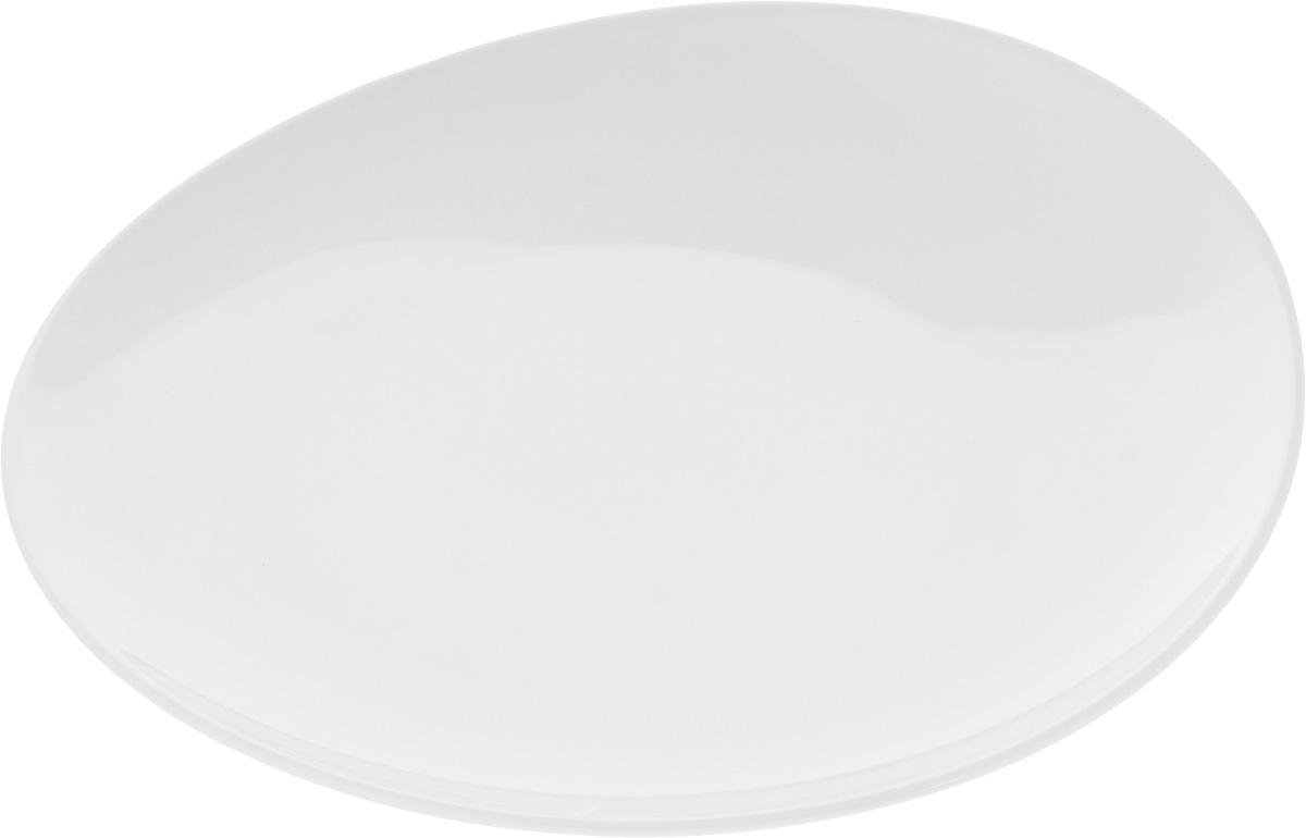 Тарелка Ariane Коуп, диаметр 27 смFS-91909Оригинальная тарелка Ariane Коуп изготовлена из высококачественного фарфора с глазурованным покрытием и имеет приподнятый край. Изделие круглой формы идеально подходит для сервировки закусок и других блюд. Такая тарелка прекрасно впишется в интерьер вашей кухни и станет достойным дополнением к кухонному инвентарю. Можно мыть в посудомоечной машине и использовать в микроволновой печи. Диаметр тарелки (по верхнему краю): 27 см. Максимальная высота тарелки: 4 см.